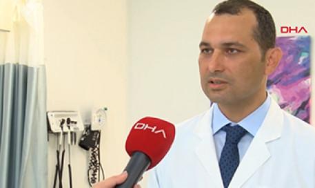Kilo Verme Sonrası Yüzdeki Sarkma ve Yorgun Görüntü Giderilebiliyor | Doç. Dr. Osman Kelahmetoğlu
